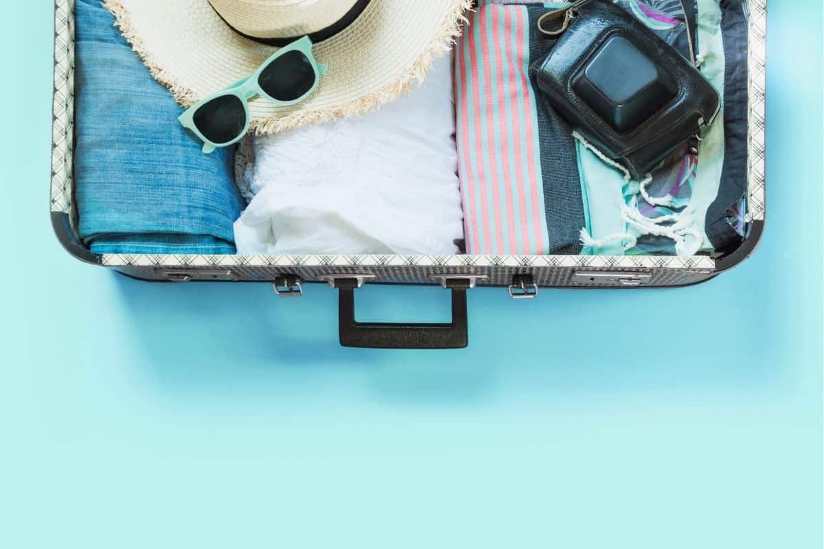 Βαλίτσα ταξιδίου: 6+1 βήματα για τη σωστή προετοιμασία της